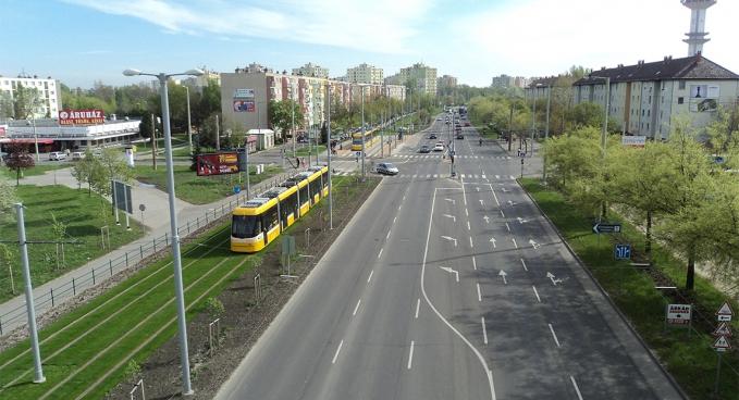 Szeged, 2-es villamos pálya - Öntözőrendszer kiépítés